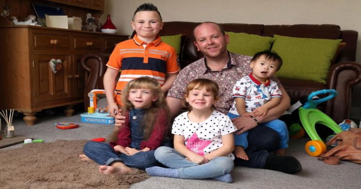 Gay-single-realizes-dream-of-being-a-father-and-adopts-4-children-with-disabilities-5acfc371564a5__700 (1)